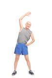 Aîné actif faisant étirant des exercices Photos stock