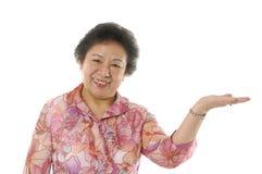 aîné asiatique deux de dame Image libre de droits