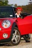 Aîné dans la voiture de sport Photo stock