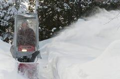 Aîné de soufflement de neige photographie stock libre de droits