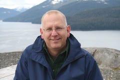 Aîné heureux en Alaska Image stock