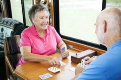 Aînés de rv - jeu des cartes Photos stock