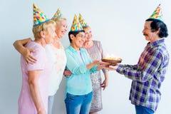 Aînés sur une fête d'anniversaire Photos stock