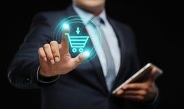 Añada al concepto en línea del comercio electrónico de la compra de la tienda del web de Internet del carro Fotografía de archivo libre de regalías