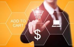 Añada al concepto en línea del comercio electrónico de la compra de la tienda del web de Internet del carro Fotografía de archivo