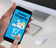 Añada a las compras en línea del pago de la orden del carro de la tienda de la tienda en línea de la compra Foto de archivo libre de regalías