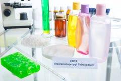 Añadidos nocivos en cosméticos Foto de archivo