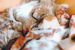 Añadidos y especias añadidos a la comida Imagen de archivo