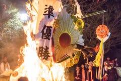 Año ardiente de flotador del gallo, diseño que gana, Sagicho Matsuri Fotos de archivo