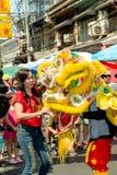 Año chino feliz de la demostración del león Foto de archivo