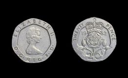 Año 1982 de los peniques de la moneda veinte de Inglaterra fotos de archivo