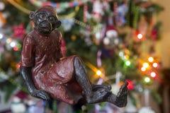 Año del mono 2016 del fuego La Navidad y chispa del mono del juguete Foto de archivo libre de regalías