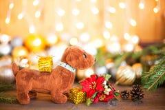 Año del perro en horóscopo, decoraciones de la Navidad Imágenes de archivo libres de regalías