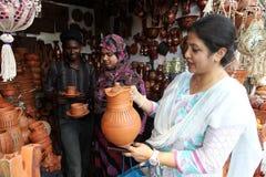 Año Nuevo bengalí 1421: Dacca es humor festivo Foto de archivo