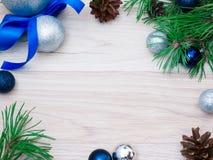 Año Nuevo, bola de la Navidad Imágenes de archivo libres de regalías