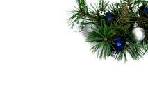 Año Nuevo, bolas de la Navidad y pino Fotografía de archivo
