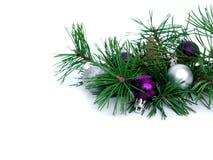 Año Nuevo, bolas de la Navidad y pino Imagen de archivo libre de regalías