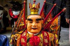 Año Nuevo chino, creencias populares en Taiwán, el desfile del templo del festival de linterna, dios enorme incluso, Imagenes de archivo