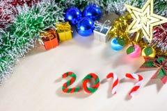 Año Nuevo 2017 con las decoraciones de la Navidad Foto de archivo libre de regalías