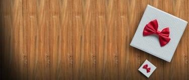 Año Nuevo, cumpleaños, concepto de la tarjeta del día de San Valentín en la opinión de madera del fondo arriba con el espacio de  Imágenes de archivo libres de regalías