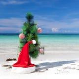 Año Nuevo de la celebración en la playa tropical Foto de archivo