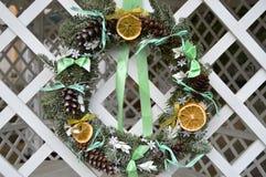 Año Nuevo de la decoración de la guirnalda de la Navidad Fotos de archivo