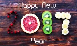 Año Nuevo 2017 de la fruta y de las bayas, tarjeta Foto de archivo libre de regalías
