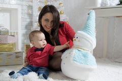 Año Nuevo de la mamá y del bebé Imagen de archivo libre de regalías
