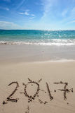 Año Nuevo 2017 en la playa Foto de archivo libre de regalías