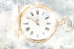 Año Nuevo en las luces de la medianoche y del día de fiesta Imagen de archivo