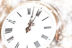 Año Nuevo en las luces de la medianoche y del día de fiesta Imágenes de archivo libres de regalías