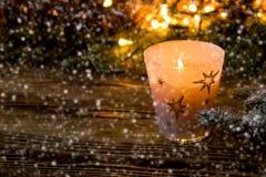 Año Nuevo, fondo de la Navidad con la vela de la Navidad Imagenes de archivo