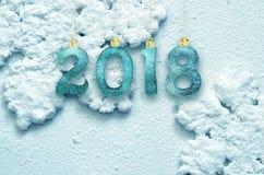 Año Nuevo 2018, fondo de la Navidad y copos de nieve con el espacio Foto de archivo libre de regalías