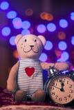 Año Nuevo mágico de ????? con el oso de peluche Foto de archivo