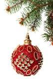 Año Nuevo Navidad Juguete rojo redondo hermoso de la Navidad que cuelga o Fotografía de archivo