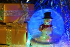 Año Nuevo postal Muñeco de nieve Foto de archivo