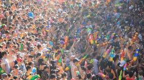 Año Nuevo tailandés y festival tradicional local del festival del agua Imagenes de archivo