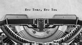 Año Nuevo nuevo usted en la máquina de escribir vieja del vintage Foto de archivo