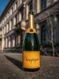 Año Nuevo vacío Champán Imagenes de archivo