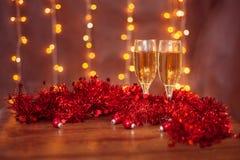 Año Nuevo, vidrios del champán, horizontales Fotos de archivo