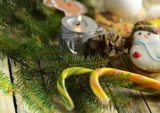 Año Nuevo y dulces de la Navidad Foto de archivo libre de regalías