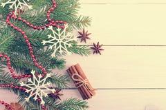 Año Nuevo y fondo de la Navidad con los árboles de navidad Foto de archivo