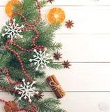 Año Nuevo y fondo de la Navidad con los árboles de navidad Foto de archivo libre de regalías