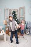 Año Nuevo y niños Fotos de archivo