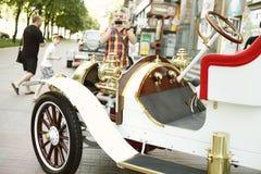 Año retro 1907 de Delaunay Belleville del coche del vintage hermoso Imágenes de archivo libres de regalías