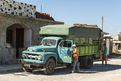 Años 50 Cuba del camión de Ford F1 Fotos de archivo libres de regalías