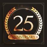 25 años del aniversario de bandera del oro en fondo oscuro Imágenes de archivo libres de regalías