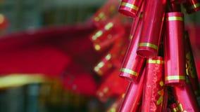 Años Nuevos chinos de decoraciones y petardos falsos metrajes