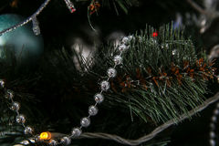 Años Nuevos de decoraciones del árbol Fotos de archivo