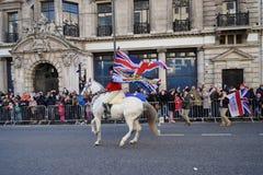 Años Nuevos de desfile del día en Londres. Fotografía de archivo